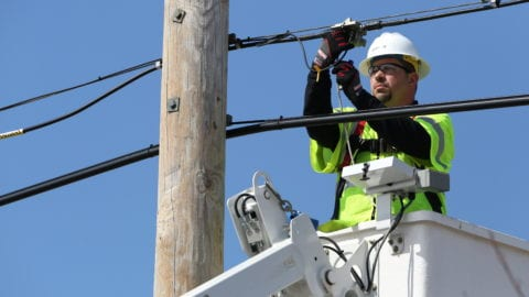 Comcast Business Lights its 250th Mile of Fiber in the Rockford Area