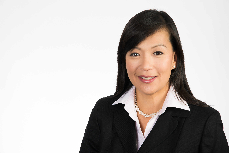 Wendy Liu Headshot
