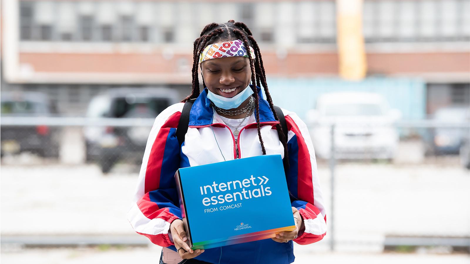 Comcast Internet Essentials - Strawberry Mansion High School Giveaway