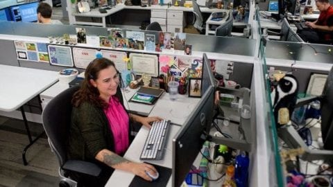Call center in Everett helps people around the country