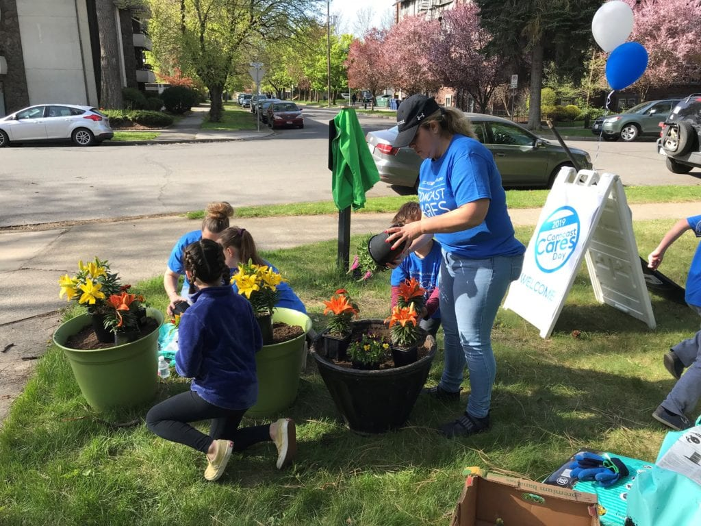 Comcast Cares Day 2019 Spokane Wash