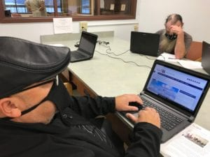 WA Veterans Transitional Housing Programs Receive $10K Contribution and Laptops from Comcast