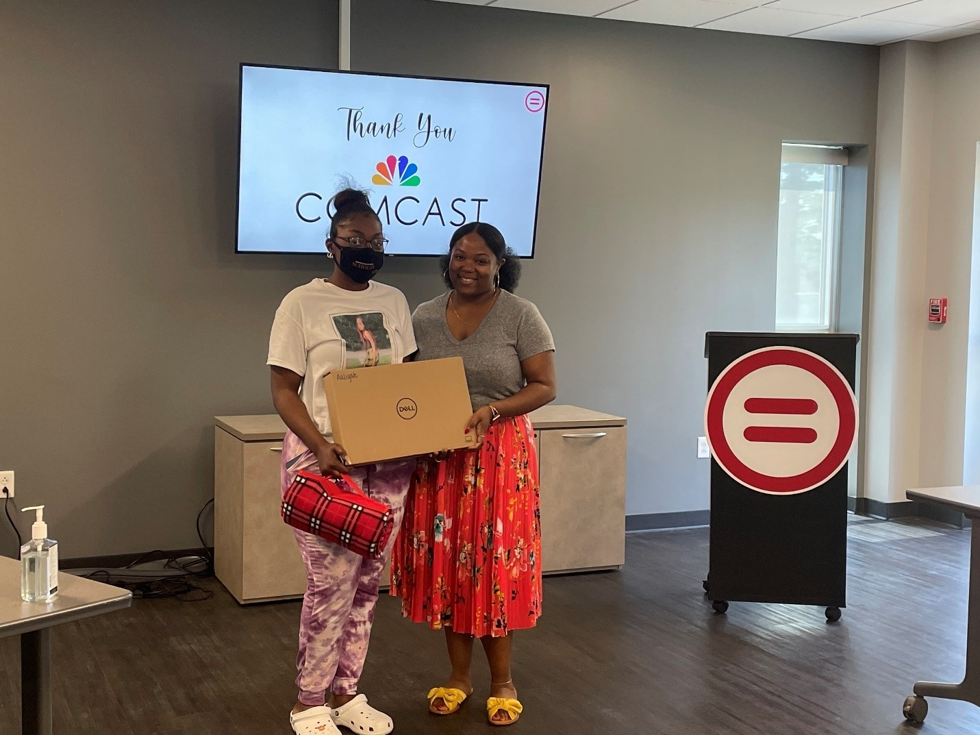 Comcast and Knoxville Area Urban League Partner to Donate 50 Dell Laptops to High School Students