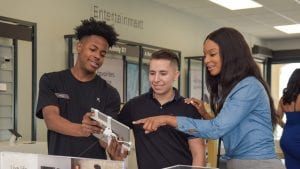 Comcast Opens New Xfinity Store in Lauderhill
