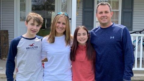 Family photo of Comcast employee Johnyne Hoyes
