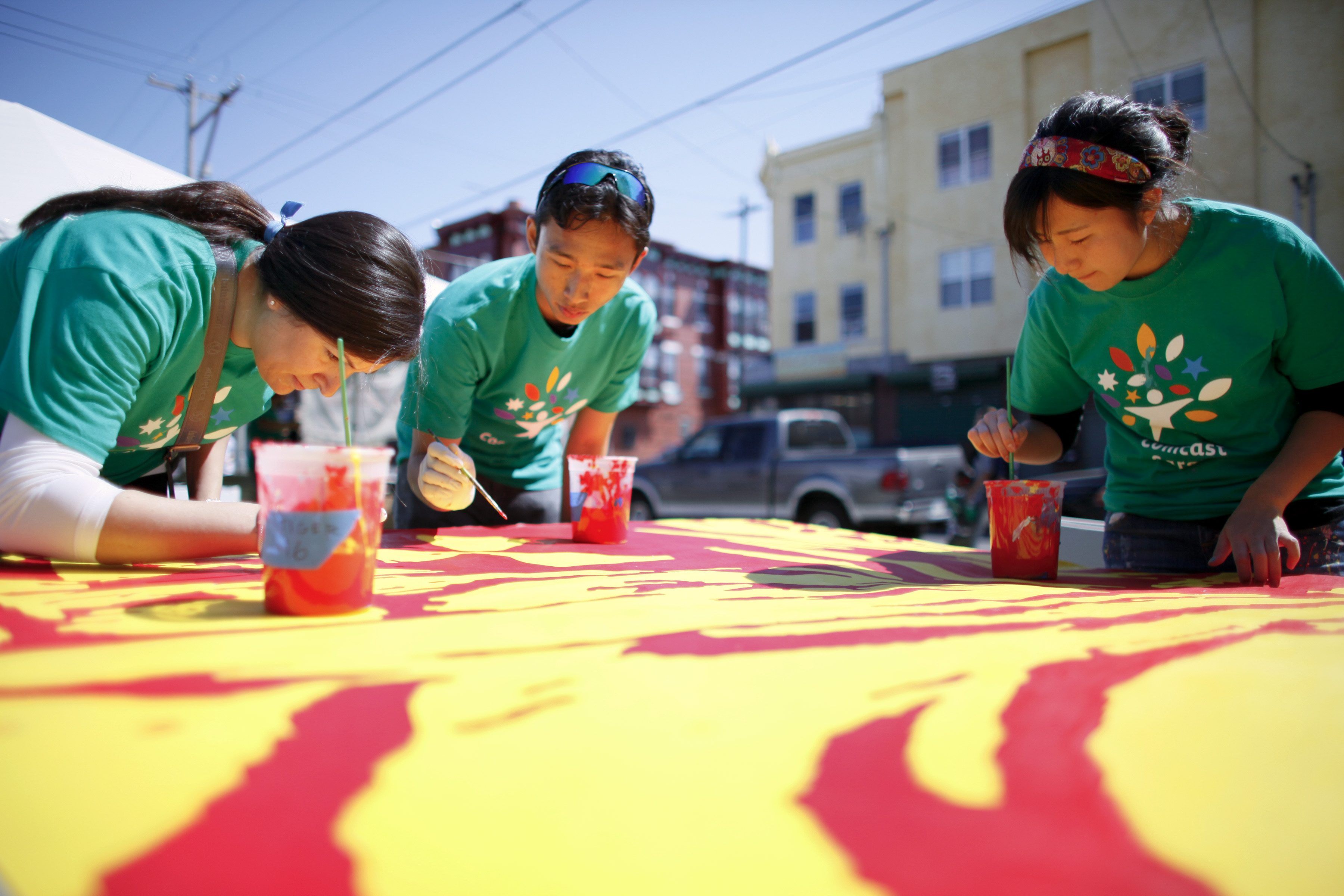 philadelphia-mural-arts-comcast-cares-day